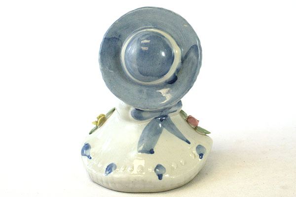 Ceramic Victorian Girl With Kitty Figurine