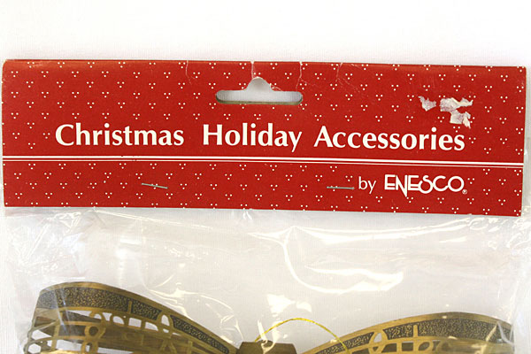 Enesco  Brass Ribbon Ornament With Music Theme