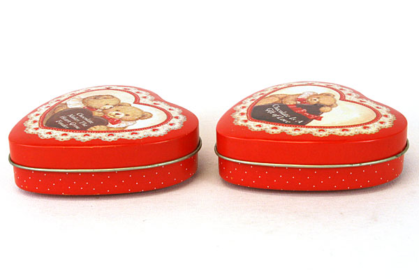 Enesco Red Heart Tin Box Set - Chocolate Is Gift of Love/Makes Heart Grow Fonder