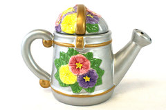 Main Street Miniature Teapot Watering Can and Pansies NIB