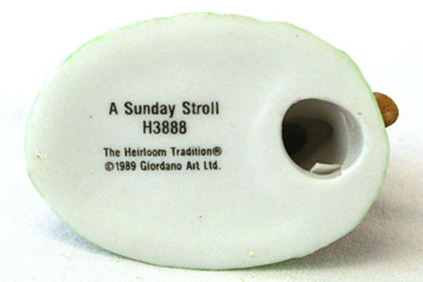 Giordano From The Attic  A Sunday Stroll Figurine H3888