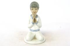 Praying Boy First Prayer Porcelain Figurine Spain Porcelanas Miquel Requena
