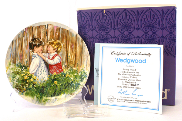 BE MY FRIEND Mary Vickers Plate Wedgewood Queen's Ware My Memories Series