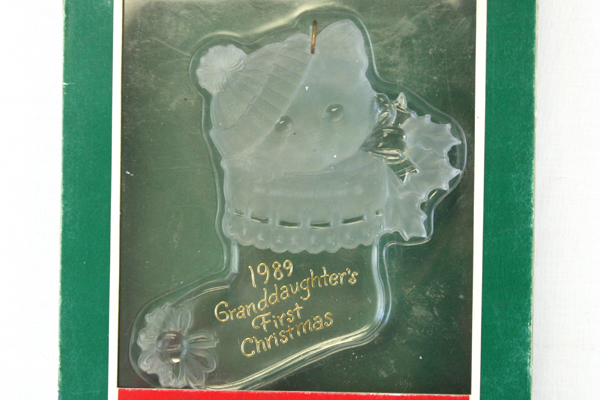 1989 Hallmark Keepsake Acrylic Ornament Granddaughter's First Christmas In Box