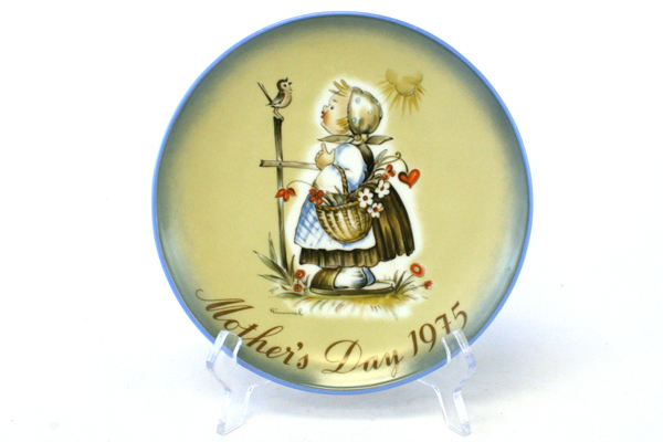 Schmid 1975 Message of Love Sister Berta HUMMEL Mother's Day Plate W. Germany
