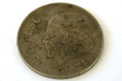 1971 Un Peso Coin From Mexico