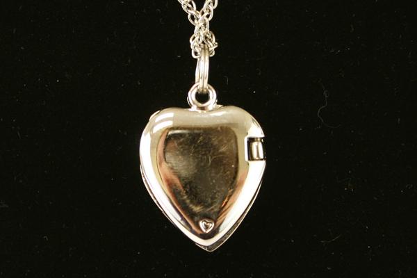 """18"""" Silver Tone w Purple Rhinestone Magnetic Heart Locket"""