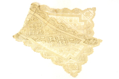 """Early 1900s Beautiful Ecru Netted Mondano Thread Table Runner 48"""" by 14"""""""