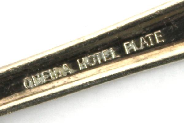 Vintage Oneida Hotel Plate U of W Student Union Spoon