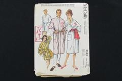 Vintage Clothing Sewing Pattern McCall's 1959 #2334 Men/Women Monogram Robe
