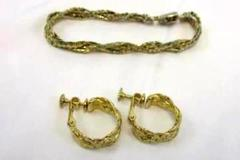 Vintage Signed Napier Braided Chain Bracelet & Matching Clip On Earrings Estate