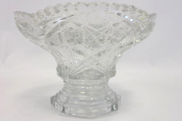 Vintage Starburst Pattern Clear Glass Decorative Pedestal Nut Candy Dish