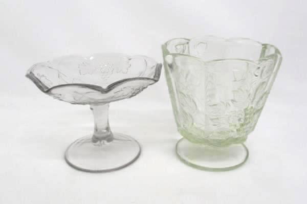 Set of 4 Vintage Serving Dishes Clear Glass Grape Leaves Platter Decanter Comp