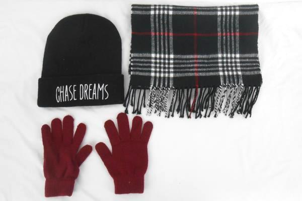 3 Piece Accessory Winter Fall Lot Scarf Hat Gloves Red Black Plaid Chase Dreams
