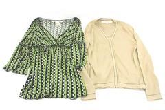 Lot of 2 Women's Max Studio Top and V Neck Sweater Top Multicolor Size Medium