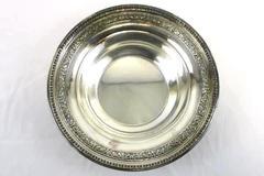 Vintage REED & BARTON Silver Plated BON BON Round Bowl #1201 Beautiful