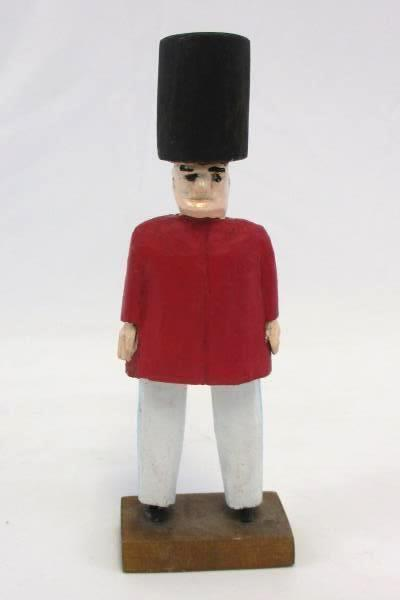 """Vintage 1970's Carved Wooden Buckingham Palace Foot Guard Figurine 6"""" Tall"""