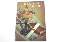 Vintage HALLMARK TREASURES BOOK BOOKLET Look To The Future USA Graduation