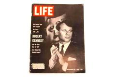 Vintage LIFE Magazine November 18, 1966 Robert Kennedy Will He Dare Run In 1968?