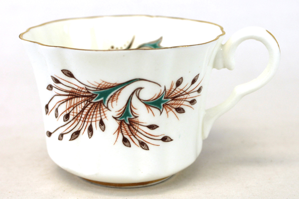 Vtg Marlborough Bone China Cup & Saucer With Feather Decor And 24KT Gold Trim