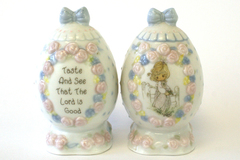 1994 Precious Moments Taste And See That The Lord Is Good Egg Salt & Pepper