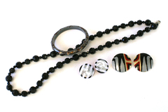 Lot Of 4 Misc Jewelry Post Earrings Black Plastic Beads Grey Speckled Bangle