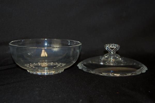 Mid-Century Vero Clear Glass Serving Bowl With Scallop Edge Triangle Handle Lid