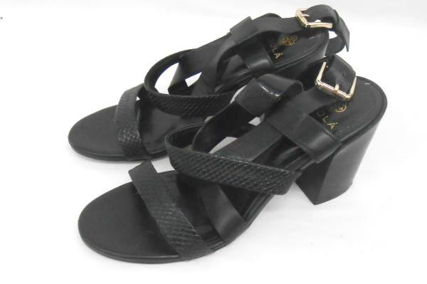 Isola Black Leather Strappy Heels Women's Size 8.5 Falmouth Chunky Heels