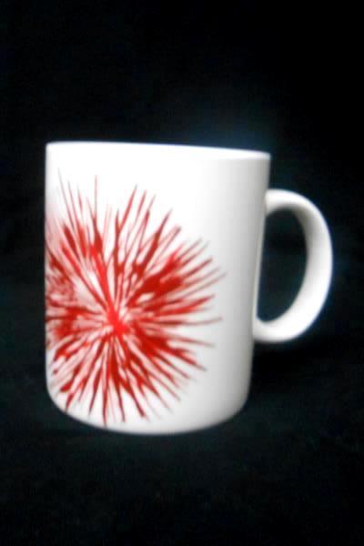 2014 Starbucks Red Splash Coffee Tea Mug Cup 12 fl oz