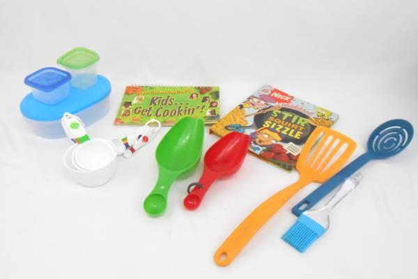 Kids In The Kitchen Lot- 2 Kid Cookbooks Measuring Cups Spoons Utensils