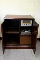1940s Magnavox 272L Radio Turntable Mahogany Cabinet Console C148-21