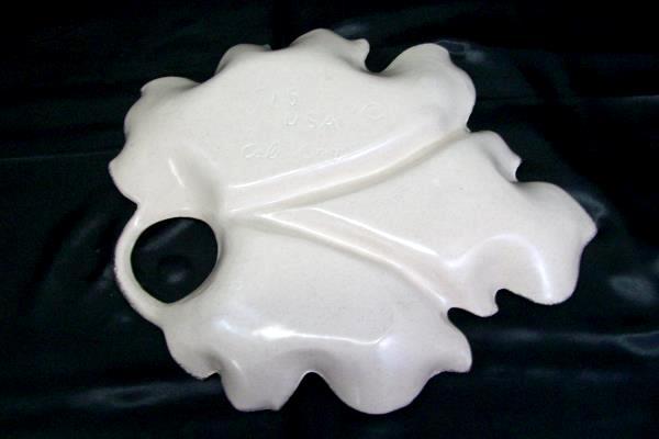 Medium White Gold Leaf 3 Section Ceramic Cali Original Platter