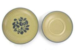 Pfaltzgraff Folk Art Tan & Blue 6 Inch Saucer And 7 Inch Floral Salad Plate